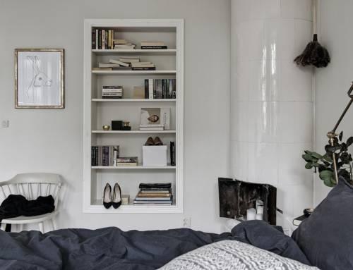 La entrada se convierte en el estante del dormitorio